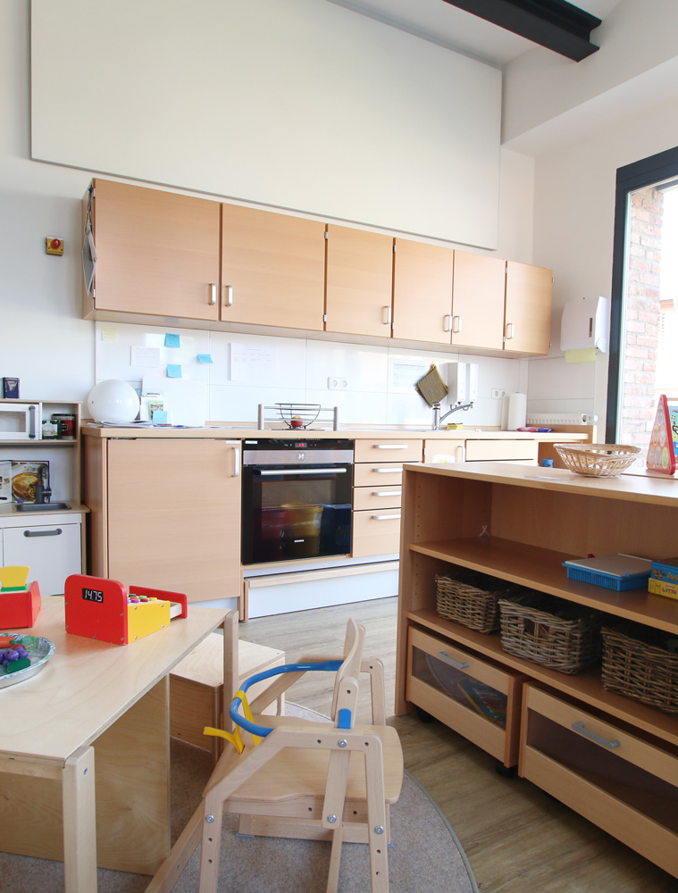 Gruppenraum Küchenzeile